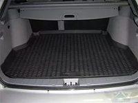 Коврик багажника Nissan Tiida Hatch 2011-> с бортиком